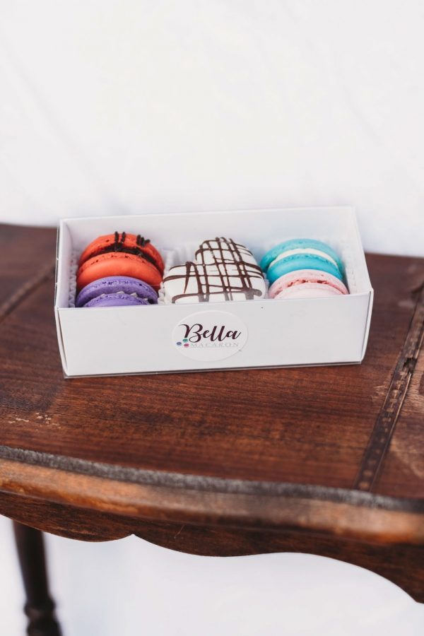 Bella Macaron Valentine's Day Themed 6 Pack